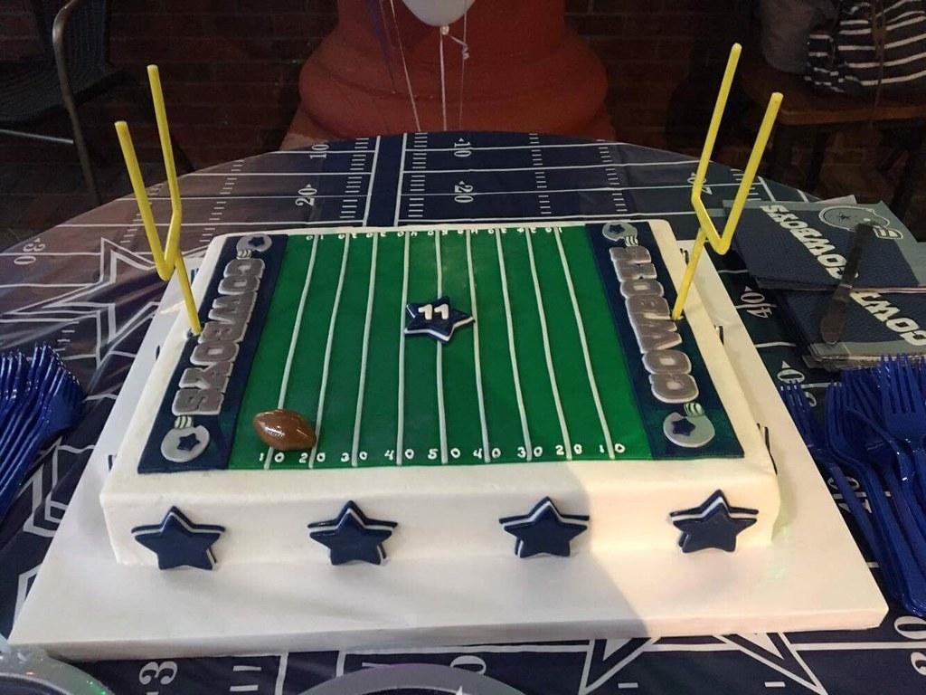 Pleasing Dallas Cowboys Birthday Cake 12 X 16 Torted Sheet Cake Cov Flickr Personalised Birthday Cards Paralily Jamesorg