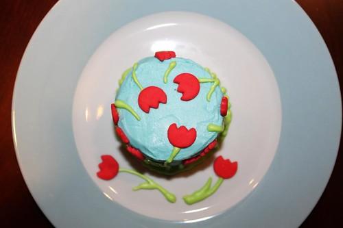 tulip cake top2 | by MiraUncutBlog