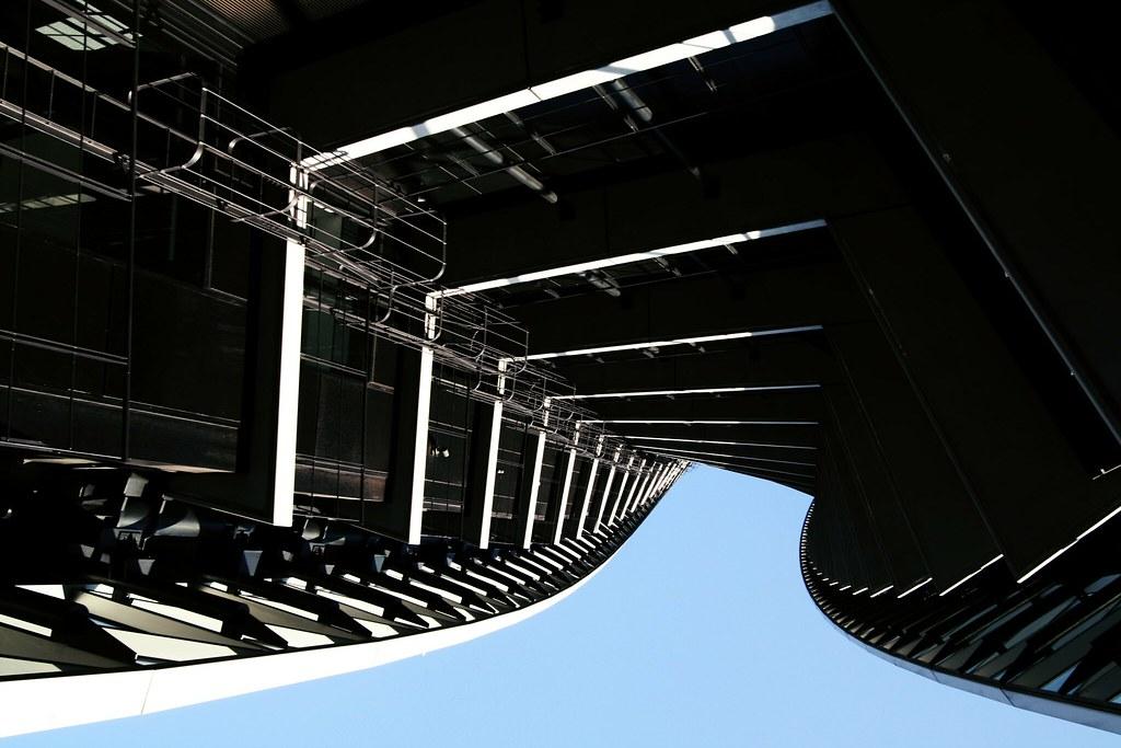 Monorail platform