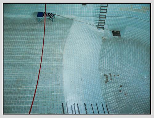 leeres Schwimmbecken