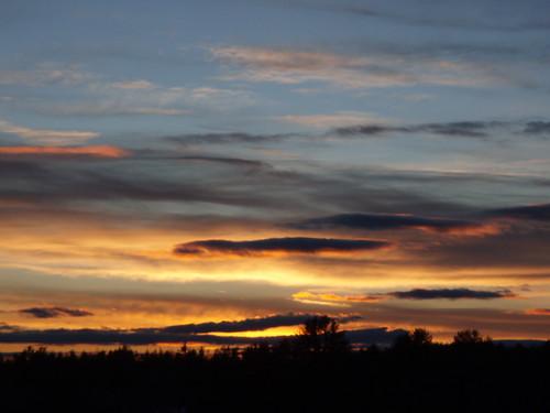 sunset gonic nh orange sky clouds
