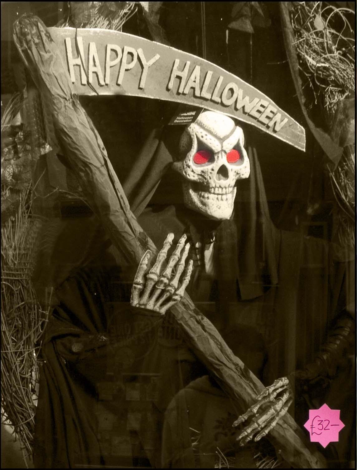 grim,reaper,happy,halloween,fancy,dress,shop,witton,st,street,cheshire,UK,England,ghoul,ghoulish,bargain,skull,day,dead,witton street,face,head,faces,365days,this photo rocks,hotpix!,tony smith photography,tdktony,tdk,tony,tdktonysmith