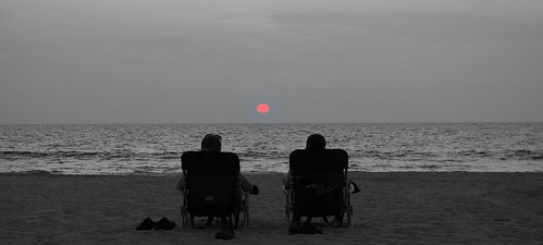 sunset vacation bw beach relax hawaii couple getaway aloha selective hapuna lawnchairs hapunabeach