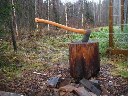 Hultafors forest axe | by kmakinen