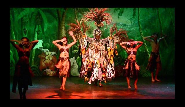 Brasilien-Rio de Janeiro - Samba-Show , afrikanische Einlage