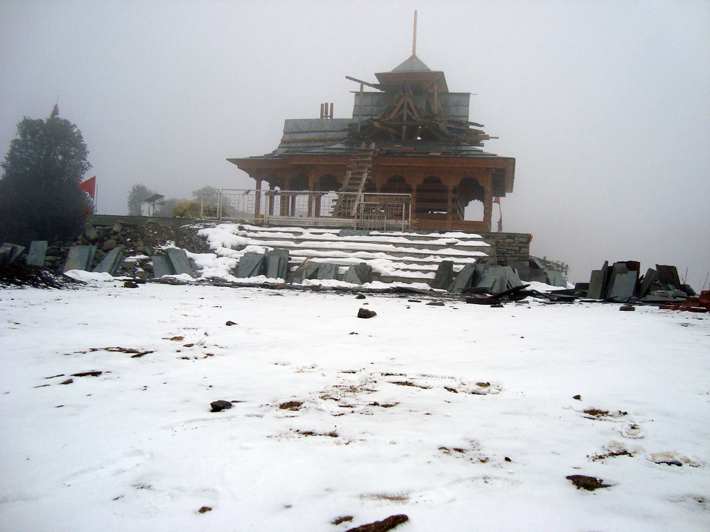 Hatu Mata Temple in Narkanda