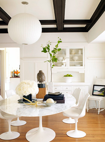 Peachy Modern White Dining Room Saarinen Tulip Table Chairs Uwap Interior Chair Design Uwaporg