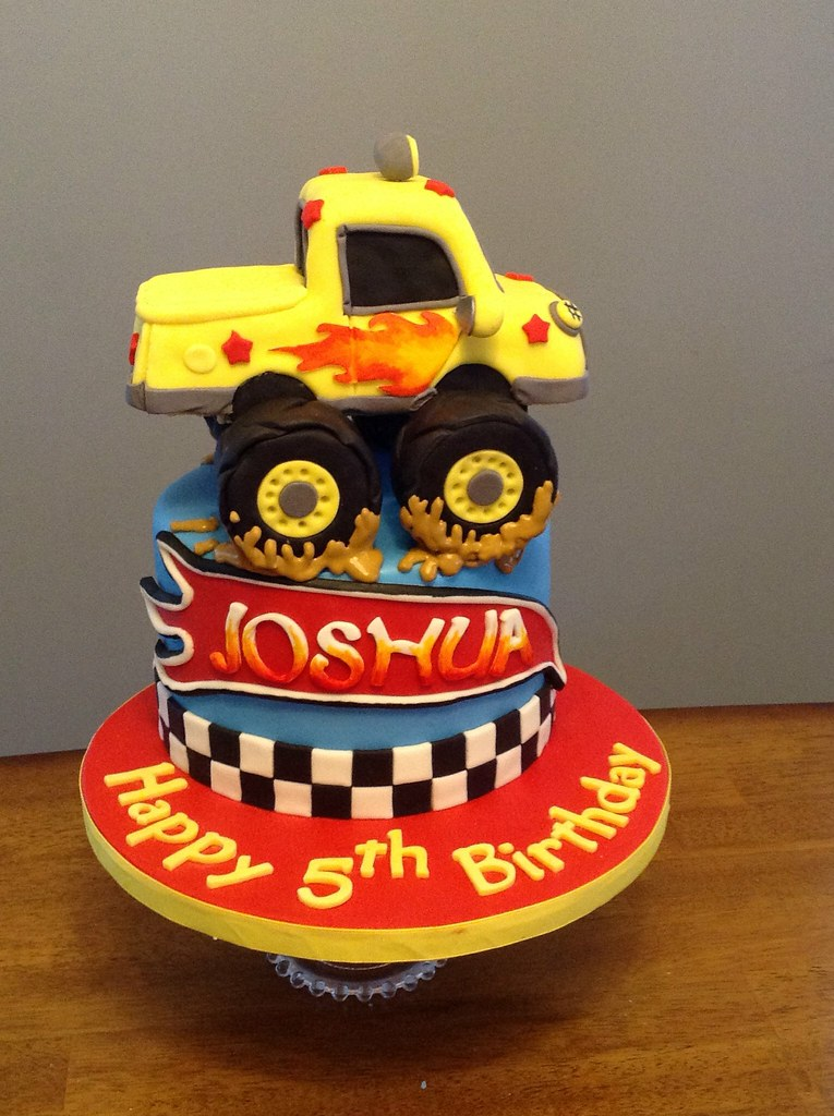 Pleasant Hot Wheels Birthday Cake Kimberly Dawn Cakes Flickr Funny Birthday Cards Online Alyptdamsfinfo