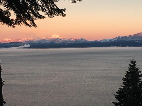 sunrise lakealmanor mountlassen lassenpeak mtlassen plumascounty snow view