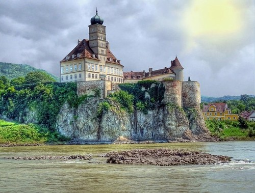 Welcome to the Wachau Valley on the Danube | by joiseyshowaa