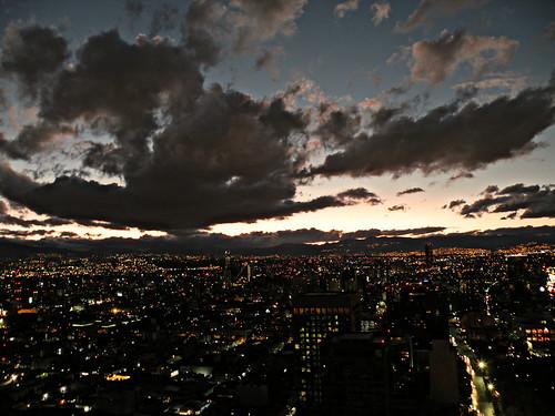 city sunset night clouds buildings atardecer lights mirador torrelatinoamericana fotorrolenero