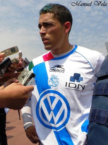 P3070062 Hercules Gomez al termino del encuentro Pumas UNAM vs Puebla FC por LAE Manuel Vela