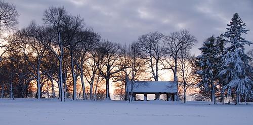 Burroughs Park Shelter by nataraj_hauser / eyeDance