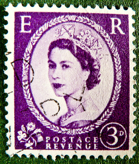 old England english stamp E R wilding magenta lilac 3p 3D purple violet queen QEII elisabeth royal pence penny elizabeth england uk great britain united kingdom postage revenue porto timbre bollo sello marke briefmarke Windsor pre decimal predecimal stamp