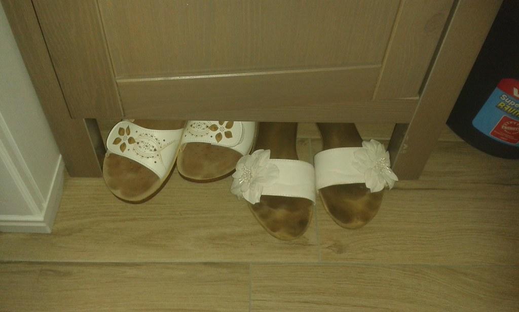 vendita a buon mercato nel Regno Unito vasta gamma di qualità eccellente Ciabatte usate - used slipper and mules | | Alessia Rossini ...