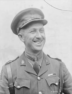 Major Georges P. Vanier of the 22nd Battalion, June 1918. He became Canada's 19th Governor General in 1959 / Le major Georges P. Vanier, du 22e Bataillon, en juin 1918. Il devient le 19e gouverneur général du Canada en 1959