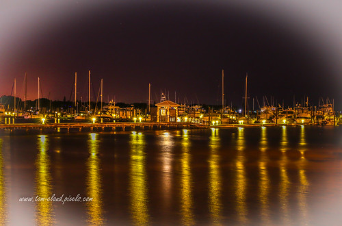 marina boats sailboats loggerheadmarina river st lucieriver night lights reflect reflection bridge rooseveltbridge stuart florida usa landscape seascape outdoors outside predawn dawn waterfront skyline water outdoor