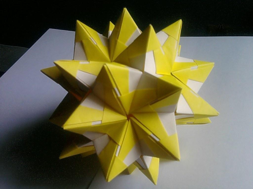 ANNIVERSARY GIFT Star w/Peace Crane Geometric Decoration 3D | Etsy | 768x1024