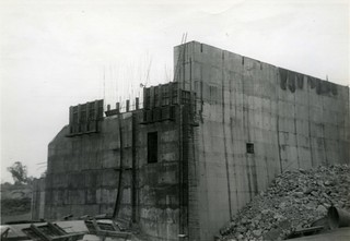 1961-11-ca - The pier on block 44. Curve where Gate will go. - KHS-2007-10-ax-P2-D
