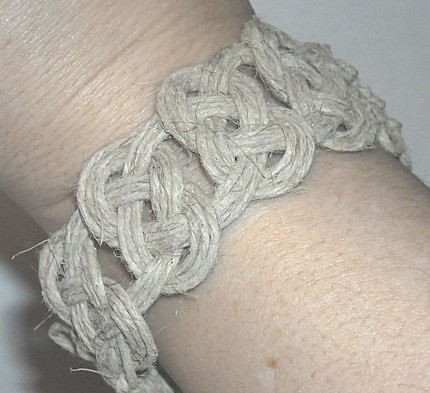 Hemp Jewelry--Josephine Knots thick hemp bracelet | josephin