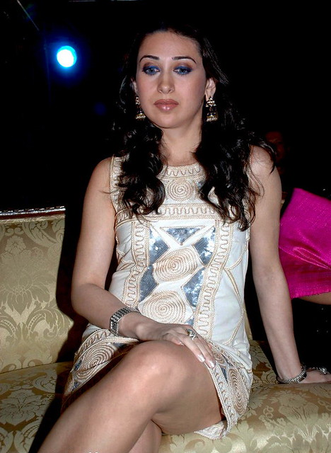 Undressed karishma kapoor — photo 4