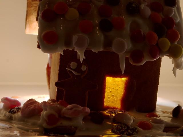 imgp0205 - Gingerbread Light