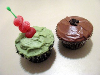 """Olive"" Cupcake and Chocolate Martini Cupcake 