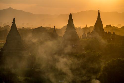 Sunset in Bagan | by tehhanlin