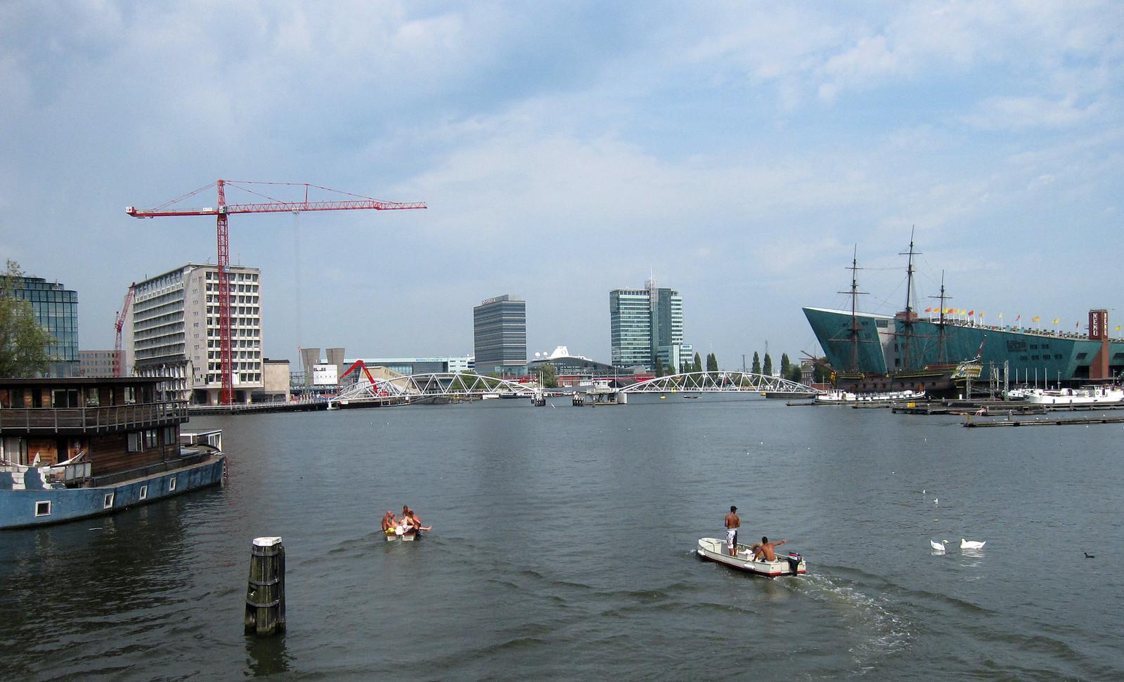Amsterdam 535