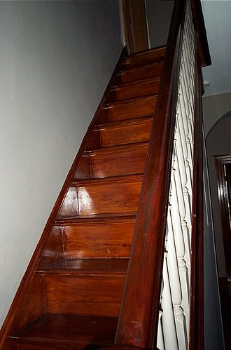 2002.05 Finish R Staircase | by racedowling