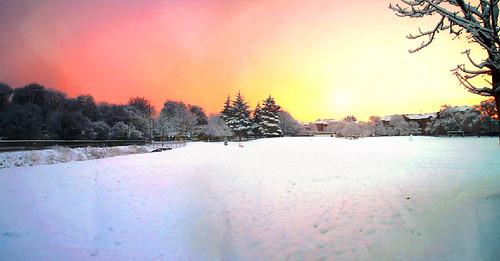 christmas xmas winter snow cold sunrise landscape scotland flickr panoramic freeze estrellas reds wonderland eastkilbride lanarkshire potofgold flickrhearts westmains flickrestrellas quarzoespecial platinumpeaceawards peregrino27newvision