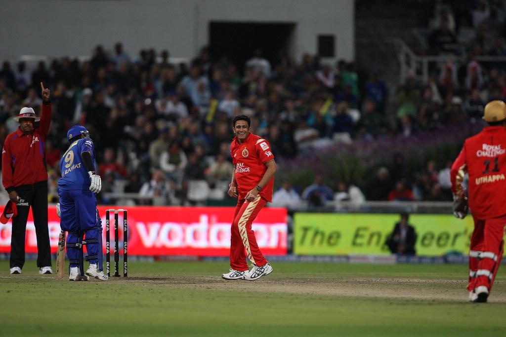 Anil Kumble - IPL 2009 | RCB vs Rajasthan Royals. RCB (133/8… | Flickr