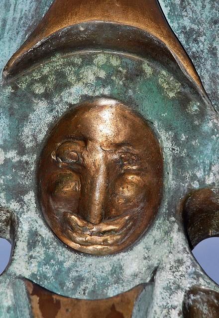 4 - 20 novembre 2009  Alfortville Square Camélinat Sculpture de Giacomo de Pass Communication en liberté