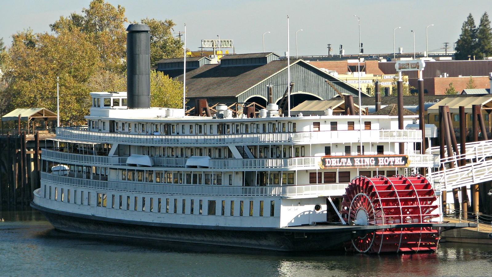 Delta King 285 ft River Boat (1927) 06