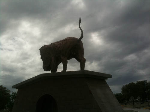 vacation cloud statue dark puertorico tail lion pr ponce 2009