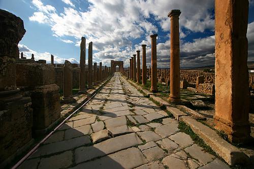 Decumanus Maximus Decumanus Maximus Street In Timgad Roman Flickr