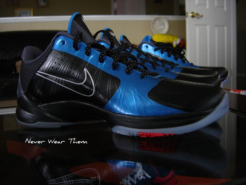 best website 010e7 bc18b Nike Kobe V 5 Dark Knight   Edwin Barrera Jr.   Flickr