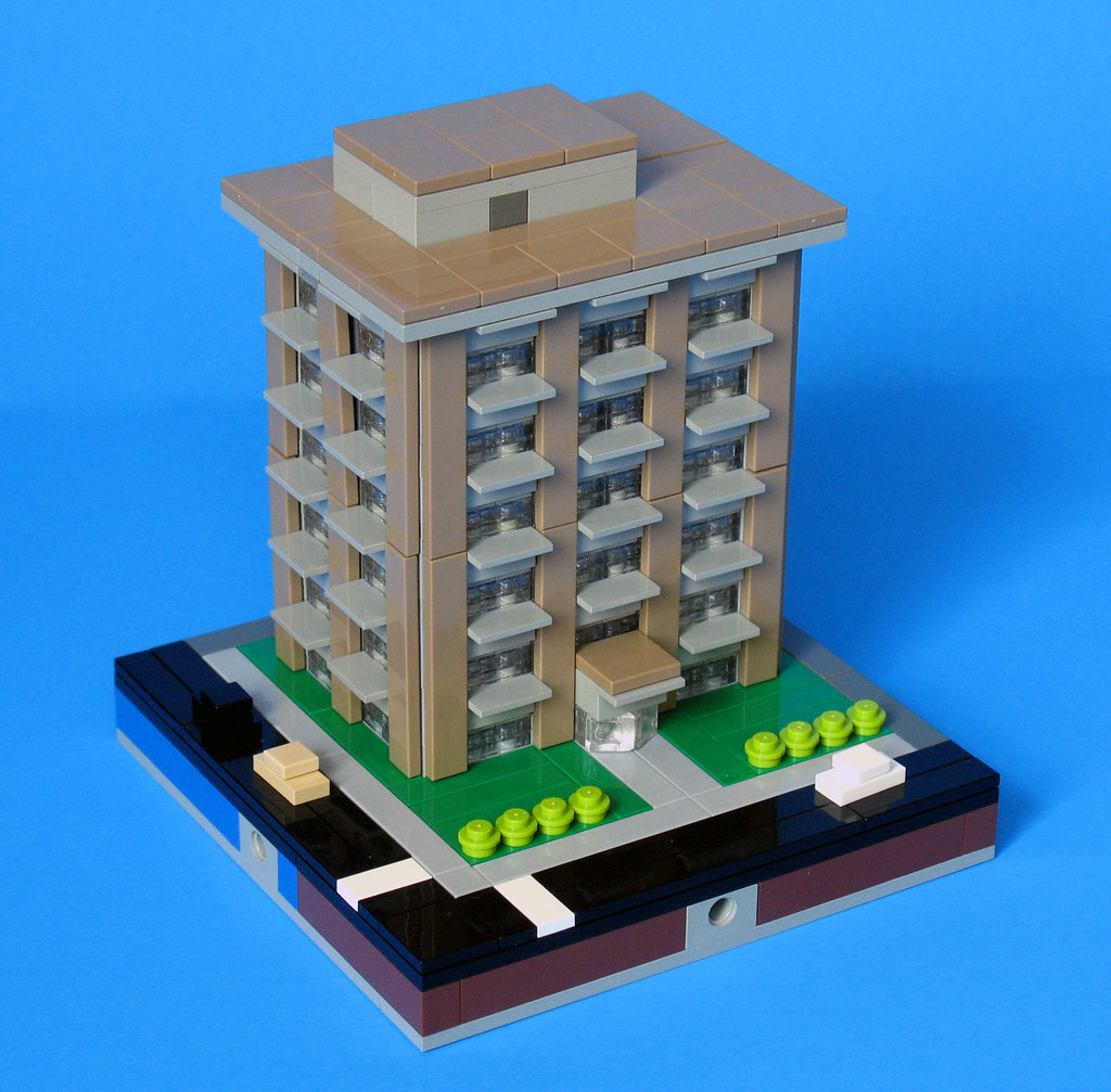 Types Of Apartment Buildings: Campbell Apartment Building