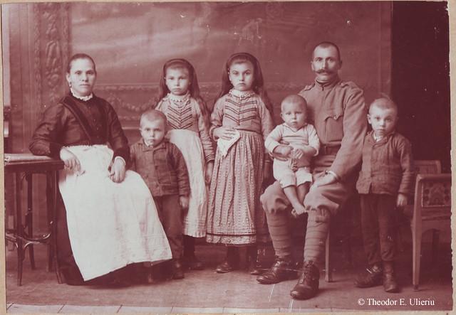 The Sora family in 1914-15