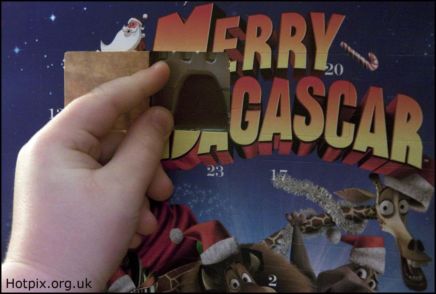 advent,calendar,calander,merry,madagascar,door,one,day,december,xmas,christmas,window,chocolate,sweets,2009,365days,hotpix.org.uk,www.hotpix.org.uk,hotpics,hotpic,hotpick,hotpicks,hotpix!