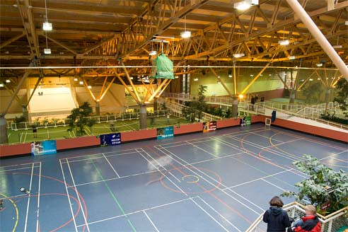 Indoor Sports Hall At Center Parcs Whinfell Forest Flickr