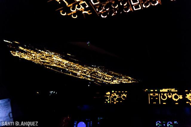 Approach Runway 09 LEZL Iberia Express A320