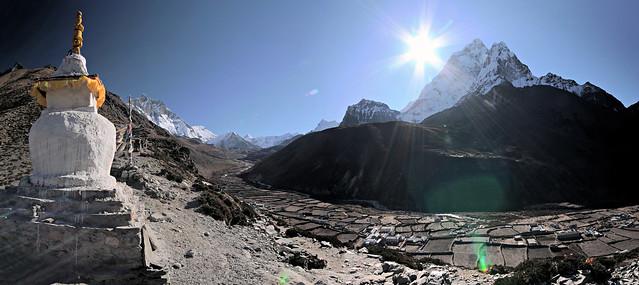 Imja Khola valley and Ama Dablam