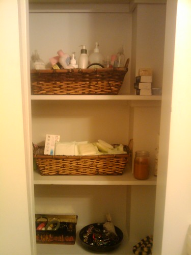 Organizing My Bathroom Shelves | by funkybrownchick