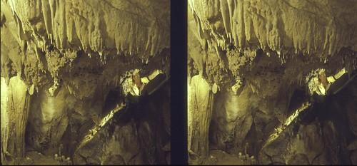 film analog mediumformat stereophotography 3d parallel stalactites isolette foldingcamera stalactitecave solinar dechenhöhle