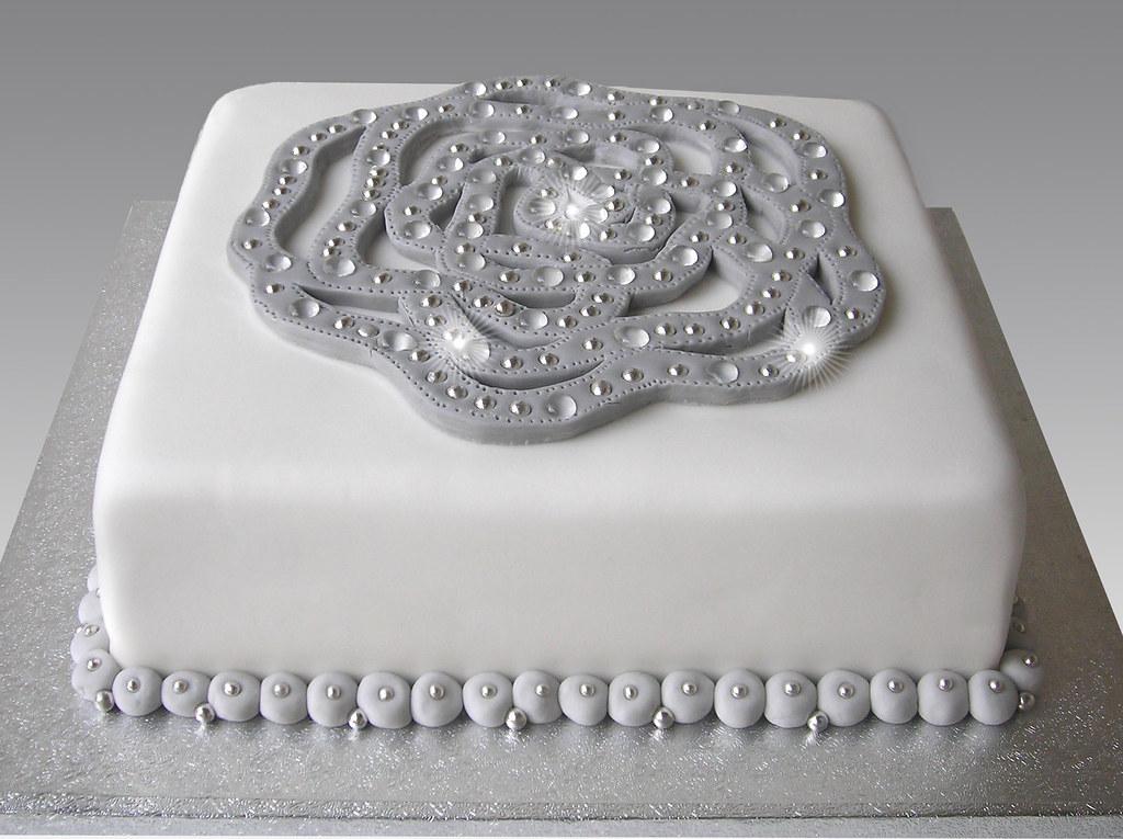 Tremendous Jewel Diamond Pin Cake Angeliki Kalouta Flickr Funny Birthday Cards Online Unhofree Goldxyz