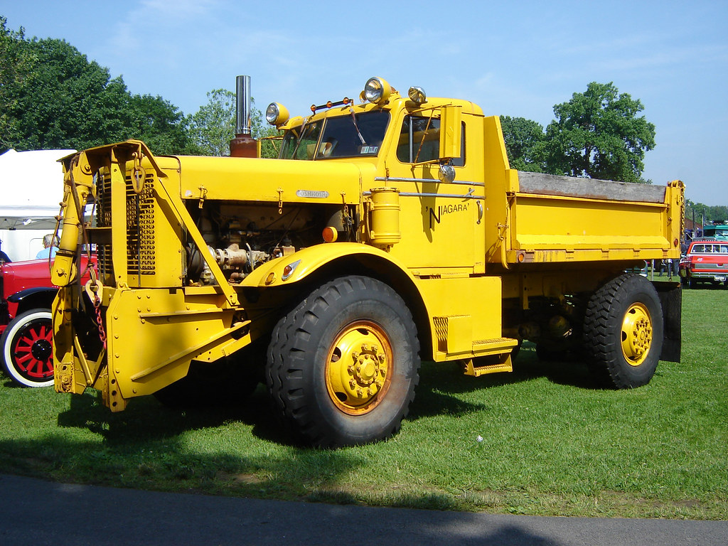 1959 Oshkosh Snowplow It Was Tough To Get Many Shots Of Th Flickr