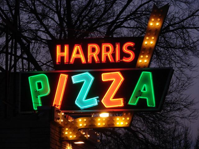 Harris Pizza #2-Davenport,IA