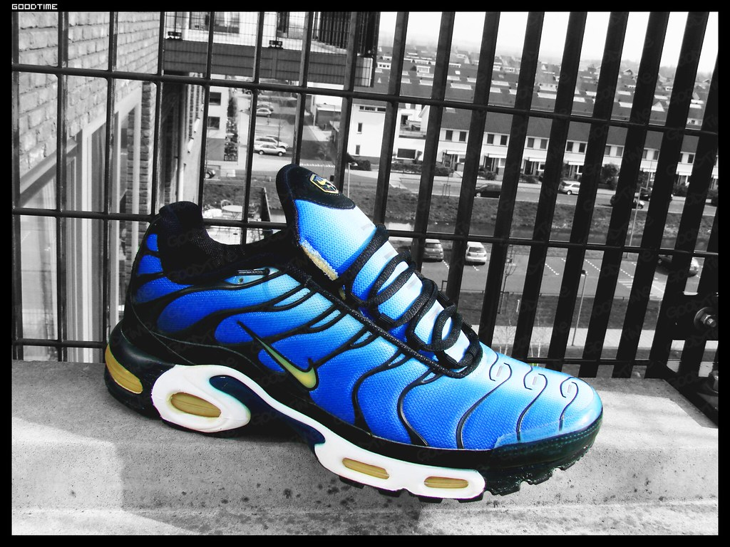 official photos e736d 72a42 Nike Nike air max plus 1 (Tn) hyperblue Og 1999* | Original ...
