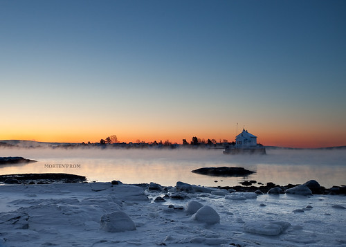 ocean morning winter sea house mist snow ice water oslo norway fog sunrise norge skandinavien norwegen explore noruega scandinavia frontpage oslofjord noorwegen noreg skandinavia ef1740mmf4lusm dynafyr canoneos5dmarkii mortenprom twphch bygdøylund